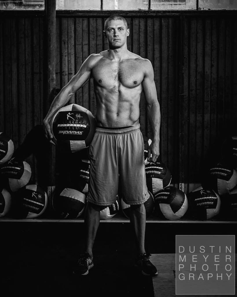 Olympic medalist @treyhardee #editorial #commercial #portrait #blackandwhite #athlete #dus… https://t.co/VLngoed7VC https://t.co/v4XbgS8CCe