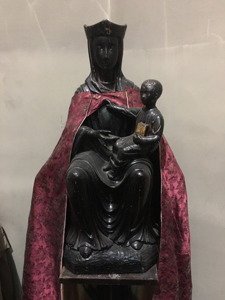 The Black Madonna at @Saint_Dunstan St Dunstan in The West in Fleet Street - thanks to @jblackauthor for directions! https://t.co/vKyxhlxArB