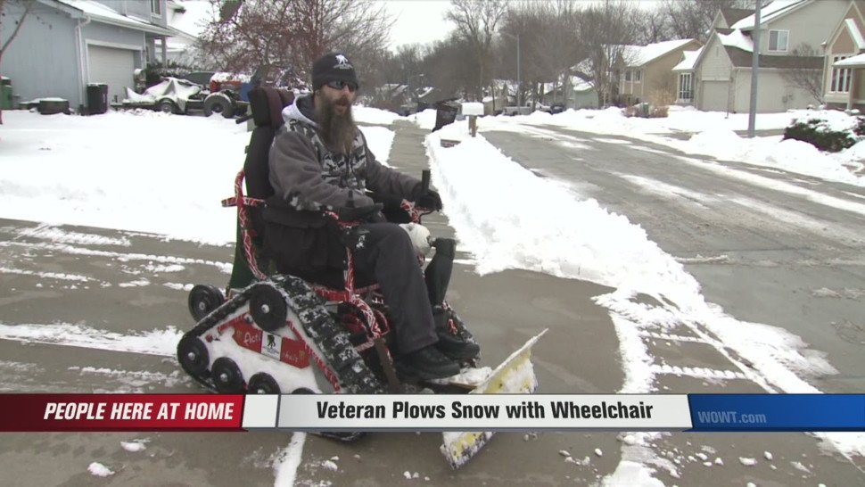 WATCH THIS>>> A veteran got a special snow plow wheelchair to give back to his community https://t.co/Z46ilJvPpG https://t.co/4vacwXtvBI