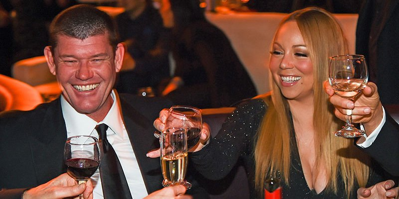 Mariah Carey, (her huge engagement ring) and billionaire fiancé attend LA event