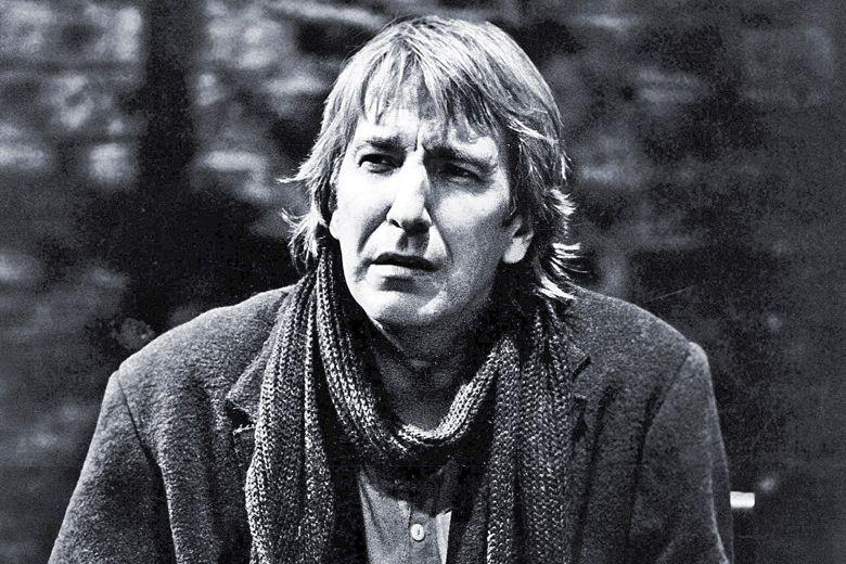 The late great Alan Rickman playing Hamlet at Riverside Studios in 1992. https://t.co/N4kxhXD7Op