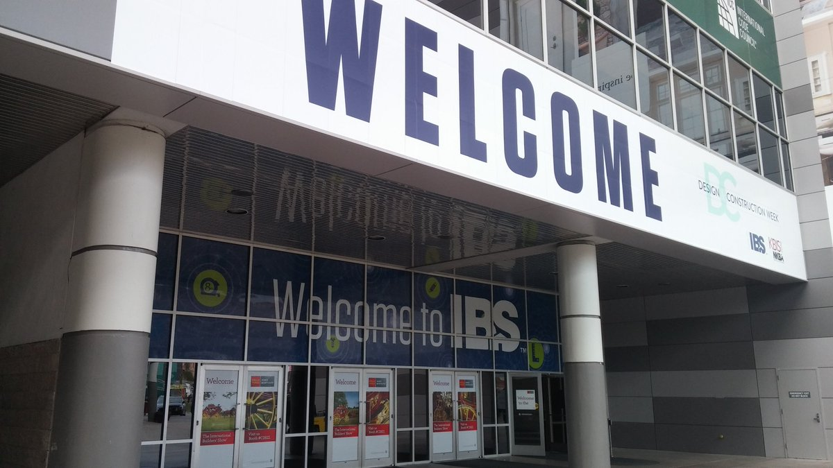 Welcome to #IBSVEGAS...see you tomorrow! https://t.co/e0qoECFFYi
