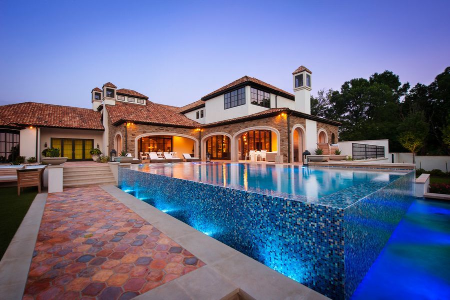 See inside Jordan Spieth's new Dallas mega mansion, with 12-car garage,  hoops