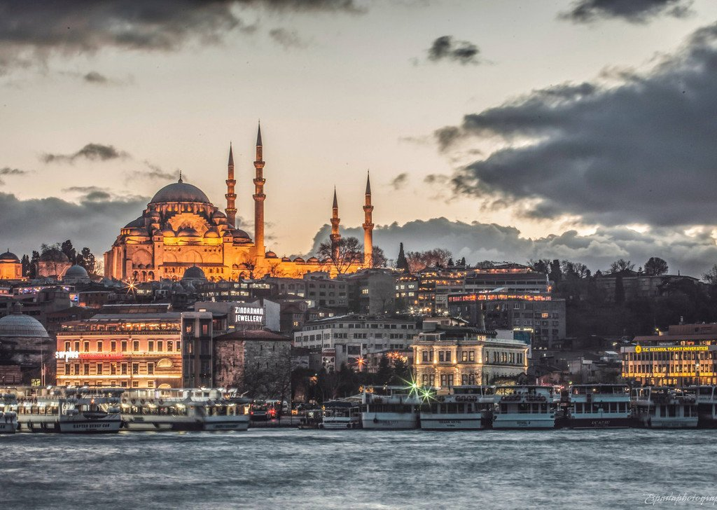 27 images that prove Istanbul is the most Instagrammable city on the planet https://t.co/ioGAGIZ9Fl https://t.co/hDlc9ZhcnT