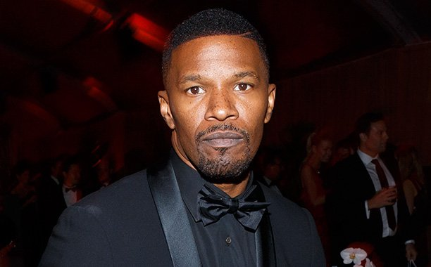 Jamie Foxx rescues a man from a burning car crash outside his home: