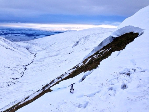 Crown Wall of full depth avalanche in Lakes Blencathra @BlencathraFSC @CumbriaWeather https://t.co/pBKyjpPh50