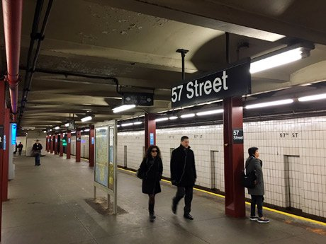 【News】#ニューヨーク の公共交通システム「全面リニューアル」 数多くの地下鉄駅が閉鎖される予定です。今年、来年ニューヨーク遊びに来る方はご注意を。#newyorkkeizai  https://t.co/Ih06B0uOdb https://t.co/vdqfZeg312