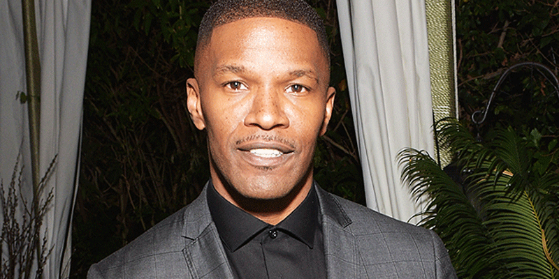 See the emotional photo of Jamie Foxx meeting with father of the driver he rescued