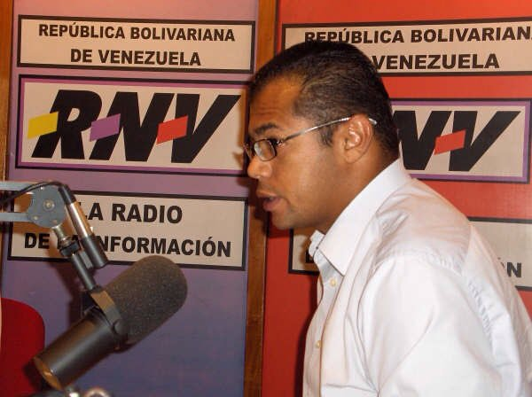 #HonorYGloriaDuranCandanga trataron d Callar tu voz pero t reproducirte n millones q somos todos QEPD Ricardo Durán https://t.co/umPBzbX9lM