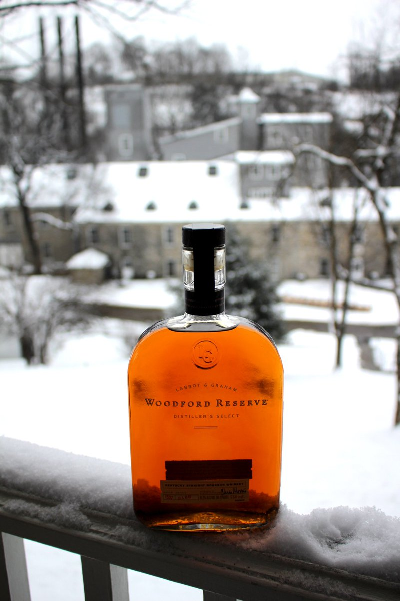 We're under a bourbon weather advisory. https://t.co/i04LxK5REN