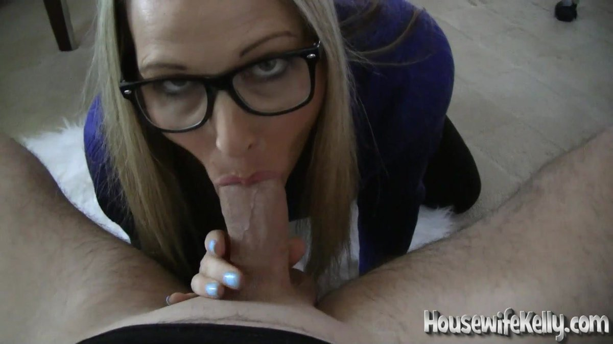 #Blowjobs Are Better With A #Turtleneck #Sweater is my new video update on ldSJw5r0uL #BJ