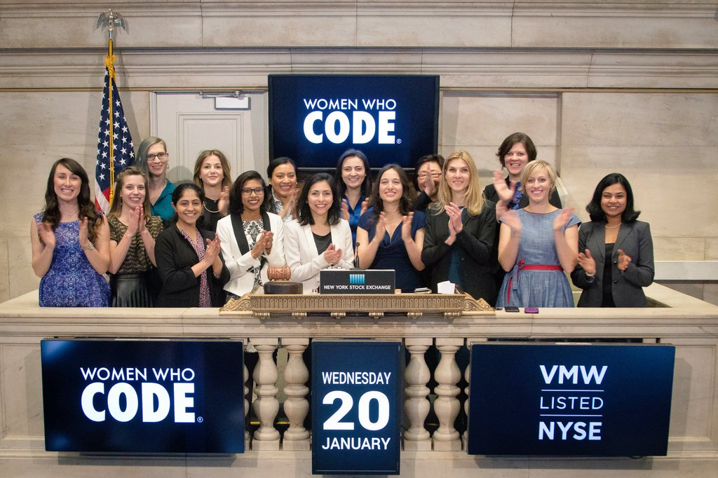 May this gesture of opening the @NYSE inspire women to create, and IPO their companies. https://t.co/RotLp9DSJj https://t.co/a2NGgRRRNL