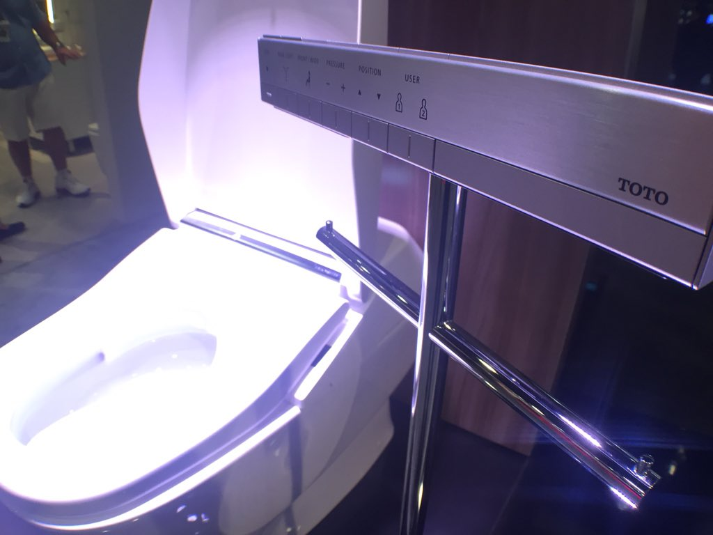 You need a remote control for your toilet - @TOTOUSA says so! #IBSVegas #KBIS2016 https://t.co/ZJcTvcJ1zA
