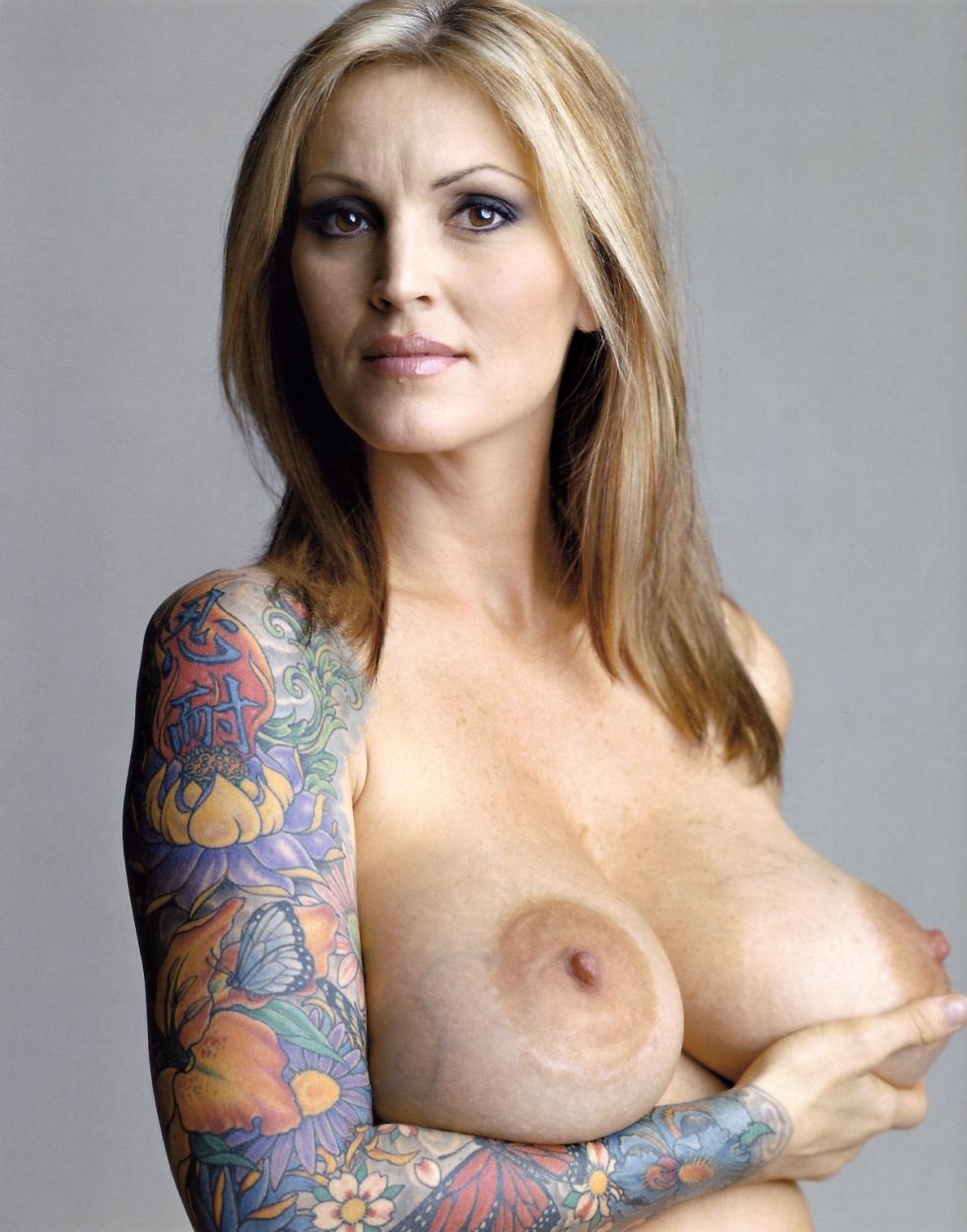 Women tits erotic image