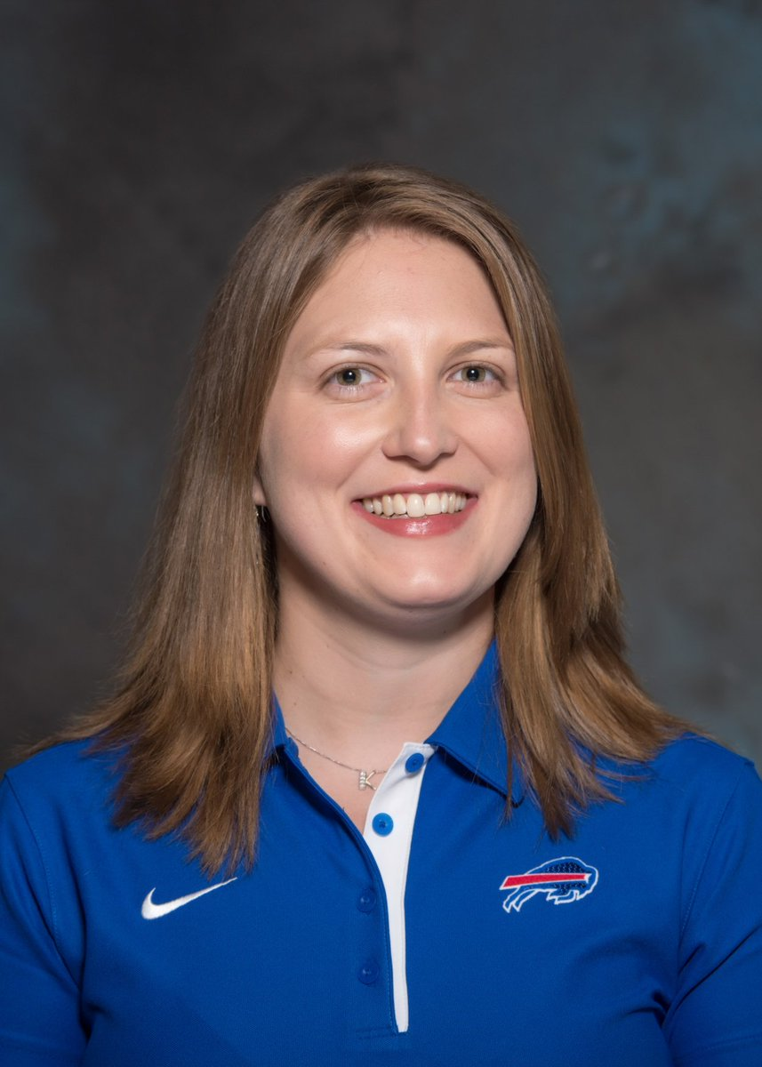 BREAKING: Kathryn Smith is the Bills new special teams quality control coach, the first full-time female NFL coach! https://t.co/r2MkWX4pR3