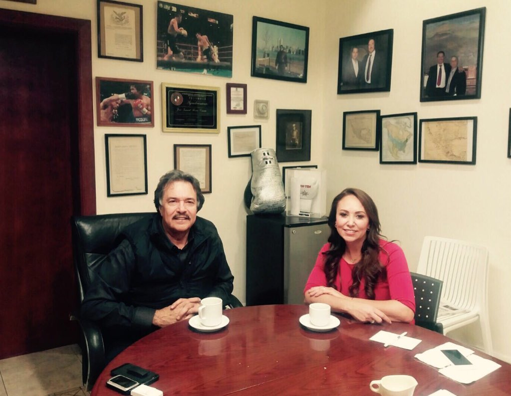 En amena plática con Ismael Flores líder de la CTM Nuevo León @PRI_NuevoLeon https://t.co/u1iLSbkVCo