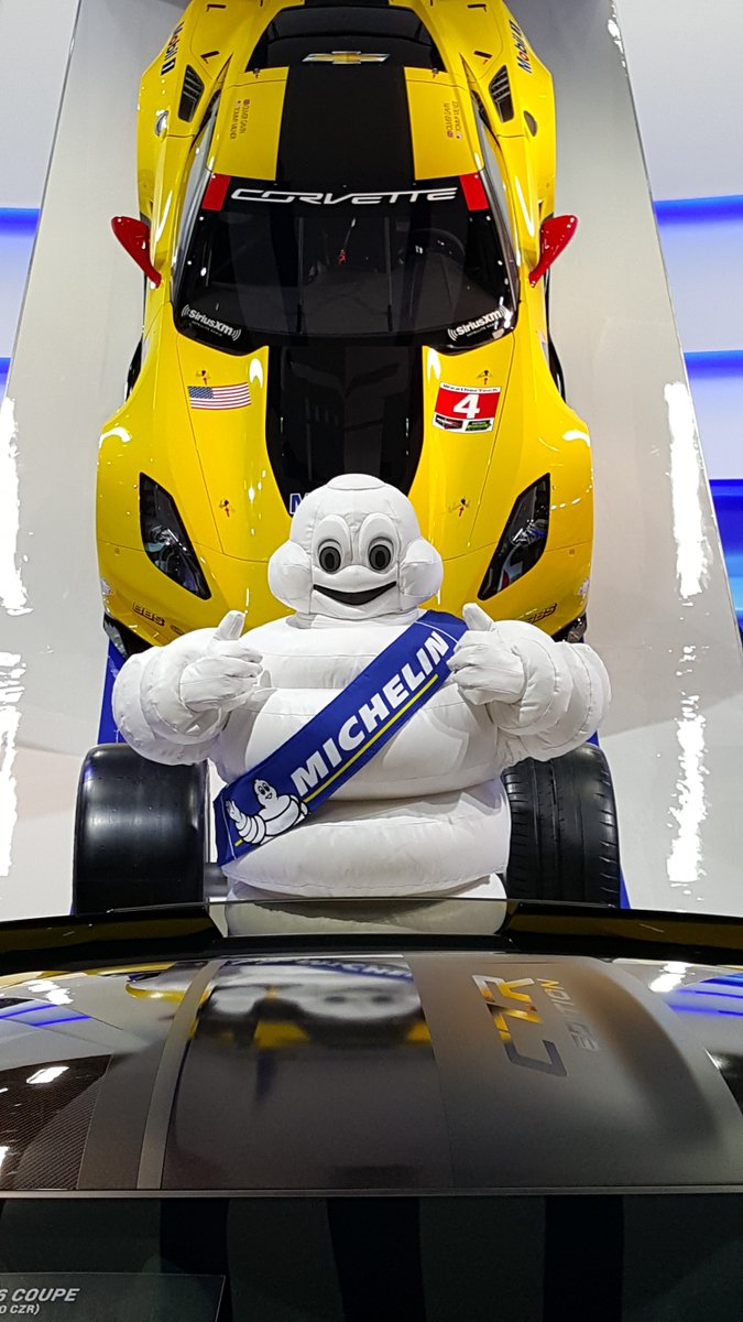 Public Days happening now at #NAIAS. If you're in Detroit, come by the Michelin exhibit - you never know you'll meet https://t.co/bunldHDnB7
