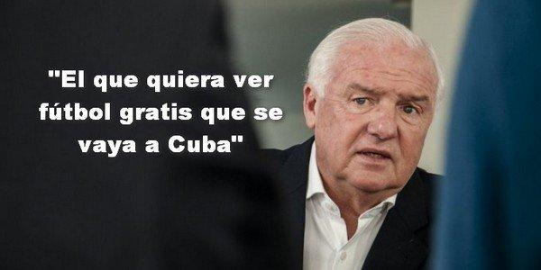 Los ricos van teniendo más poder y los trabajadores menos derechos. #FútbolParaPocos https://t.co/A3wjanD9C2