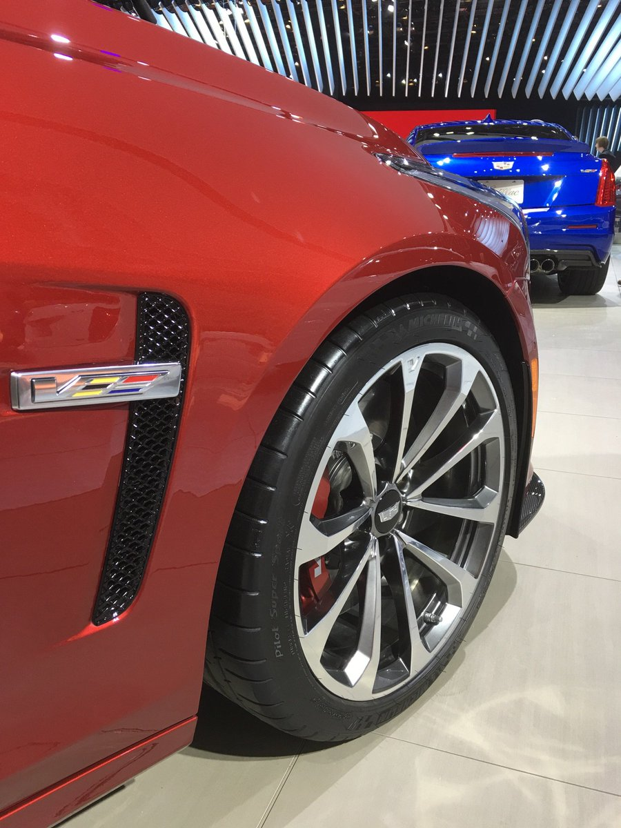 More of our favorite tires of #NAIAS https://t.co/aHUKpRvX0N