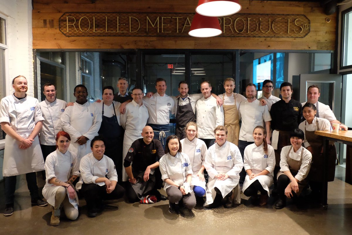 https://t.co/BEEwR6BWC3 Tonight at #ChefsforChange - Dinner 1: Grow Many thanks to this excellent crew! https://t.co/rXk2tn9hvR