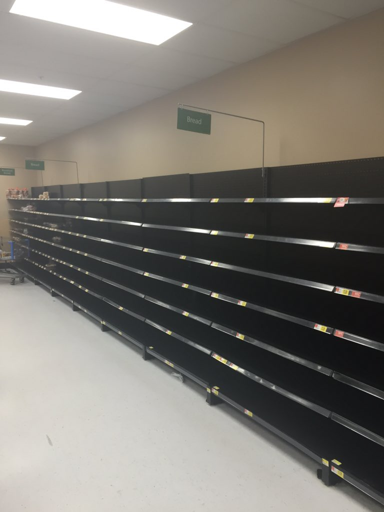 My fiancé just sent me this picture from  @Walmart in Woodbridge. #thewinterawakens https://t.co/uTPUJrJ05l