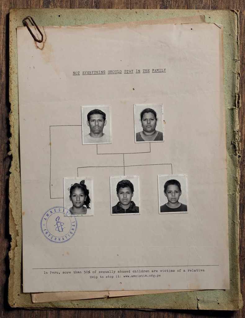 Ad went viral: Amnesty International: Family tree, 1 https://t.co/2uxYuEoyGn https://t.co/EKG7mhWRo0