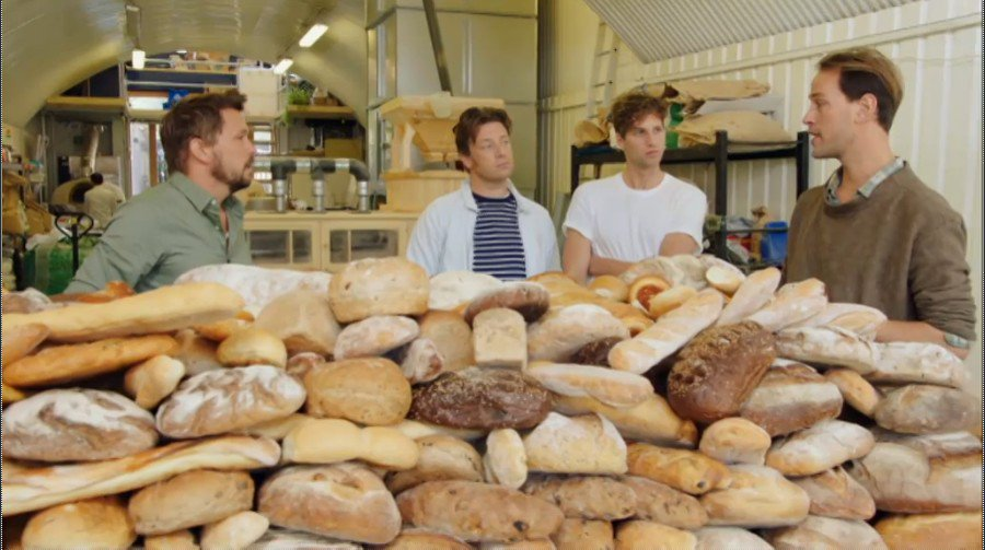 RT @ToastAle: Tonight's the night! We're bringing beer made w surplus bread to UK #fridaynightfeast Ch4 8pm (Ch4+1 9pm) #toastale https://t…