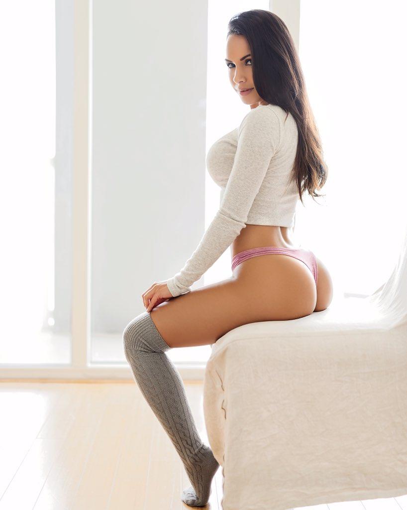 RT if you like my socks 😈 https://t.co/9ZGOklBN8r