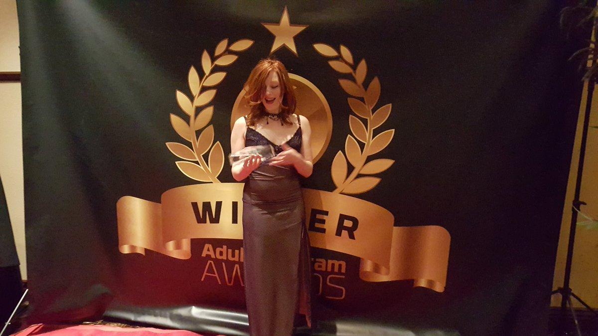 So honored 2 win #HOF award. Thnk U & ♡ 2 all of U! I swear wont break this 1! Miss u