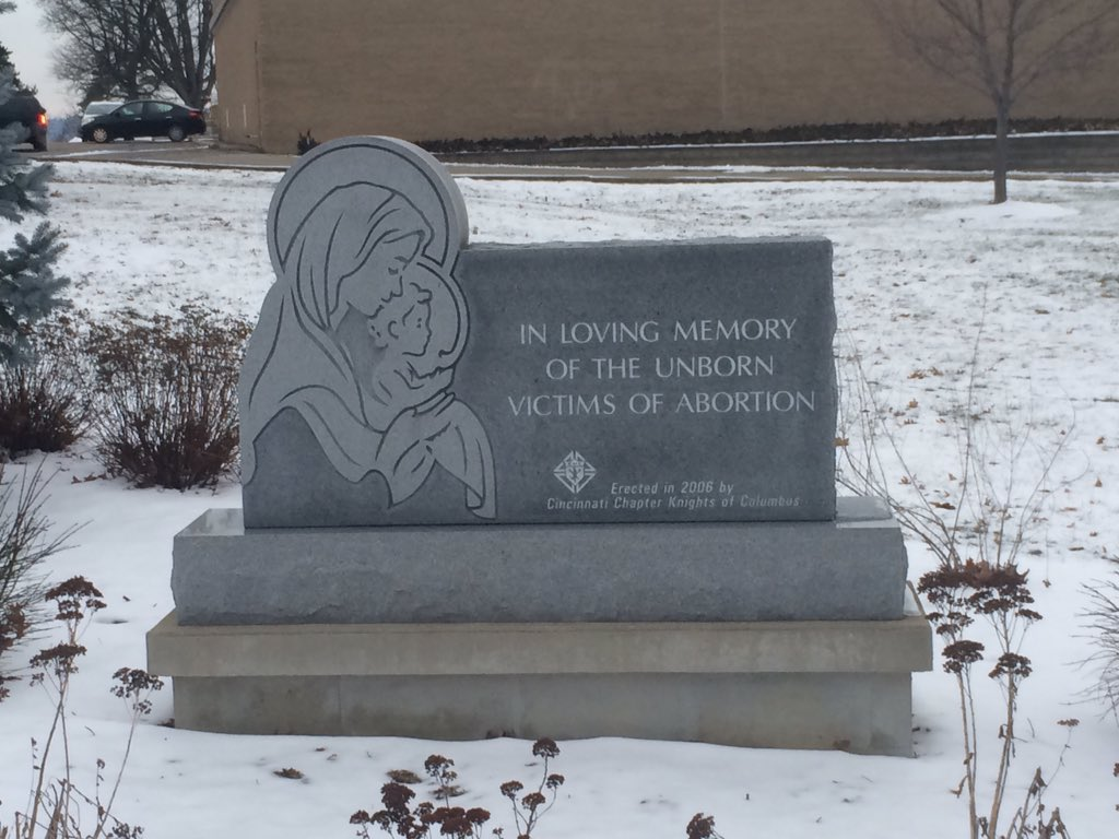 Memorial to the unborn outside the building that houses our radio station. #MarchForLife #whywemarch https://t.co/BvnnbG7DCc