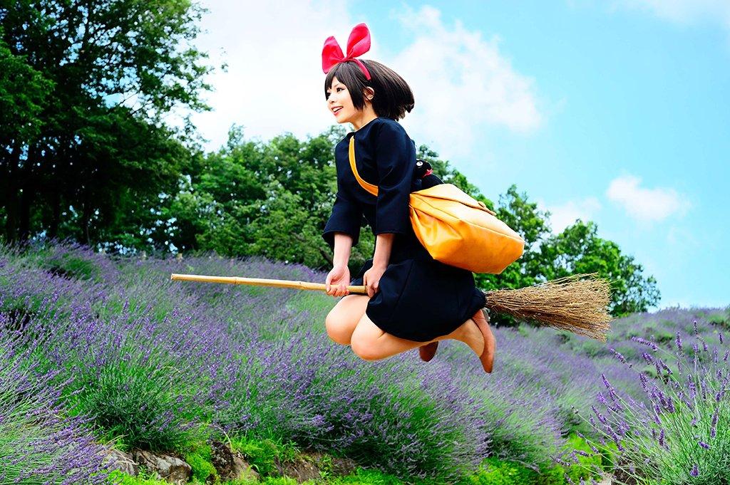 【魔女の宅急便】キキ撮影:彩さん#コスプレ #魔女の宅急便 #魔女宅
