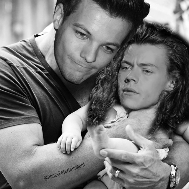 The only baby @Louis_Tomlinson will ever need.  #WelcomeBabyTomlinson