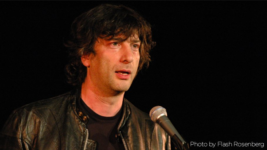 At 1 pm on @TheMoth Radio Hour: author @neilhimself explains why he's afraid to sing in public. This & more on 90.1 https://t.co/8bHlH3LGPk