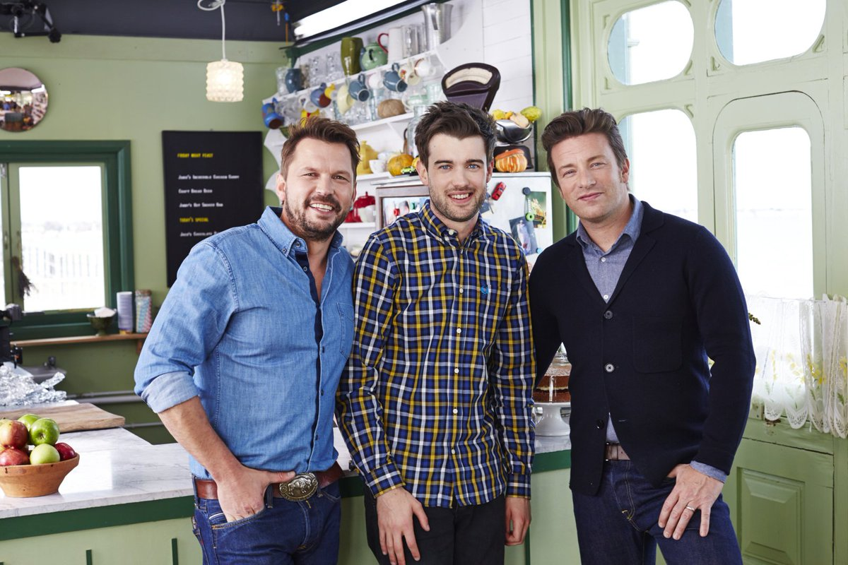top lad @jackwhitehall joins me & @jimmysfarm on tonights #FridayNightFeast @Channel4News 8pm https://t.co/GEvwl4kfBv