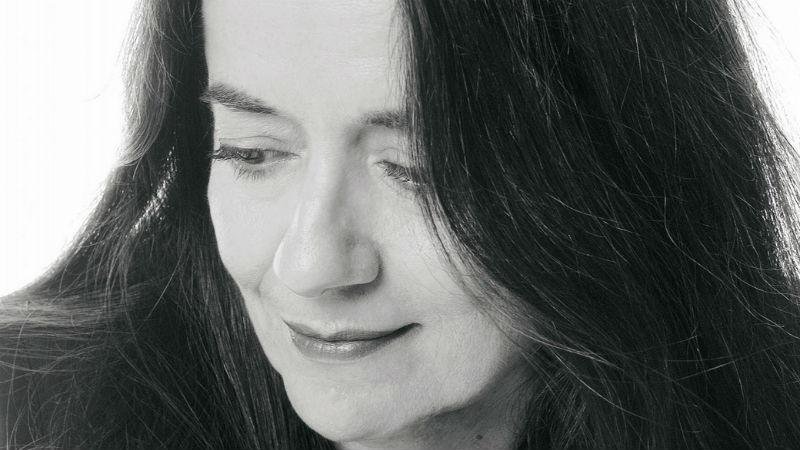 H Eλένη Καραϊνδρου επιστρέφει στο @MegaroSalonica για 2 συναυλίες. Μην τη χάσετε: