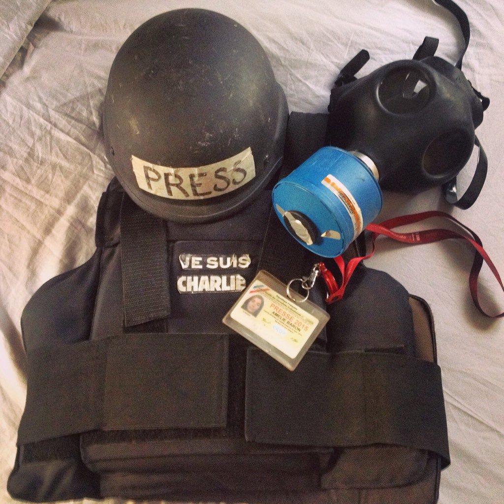 Equipement du journaliste en manif, #Haiti @afpfr @RFI https://t.co/SPAo4WpN0P
