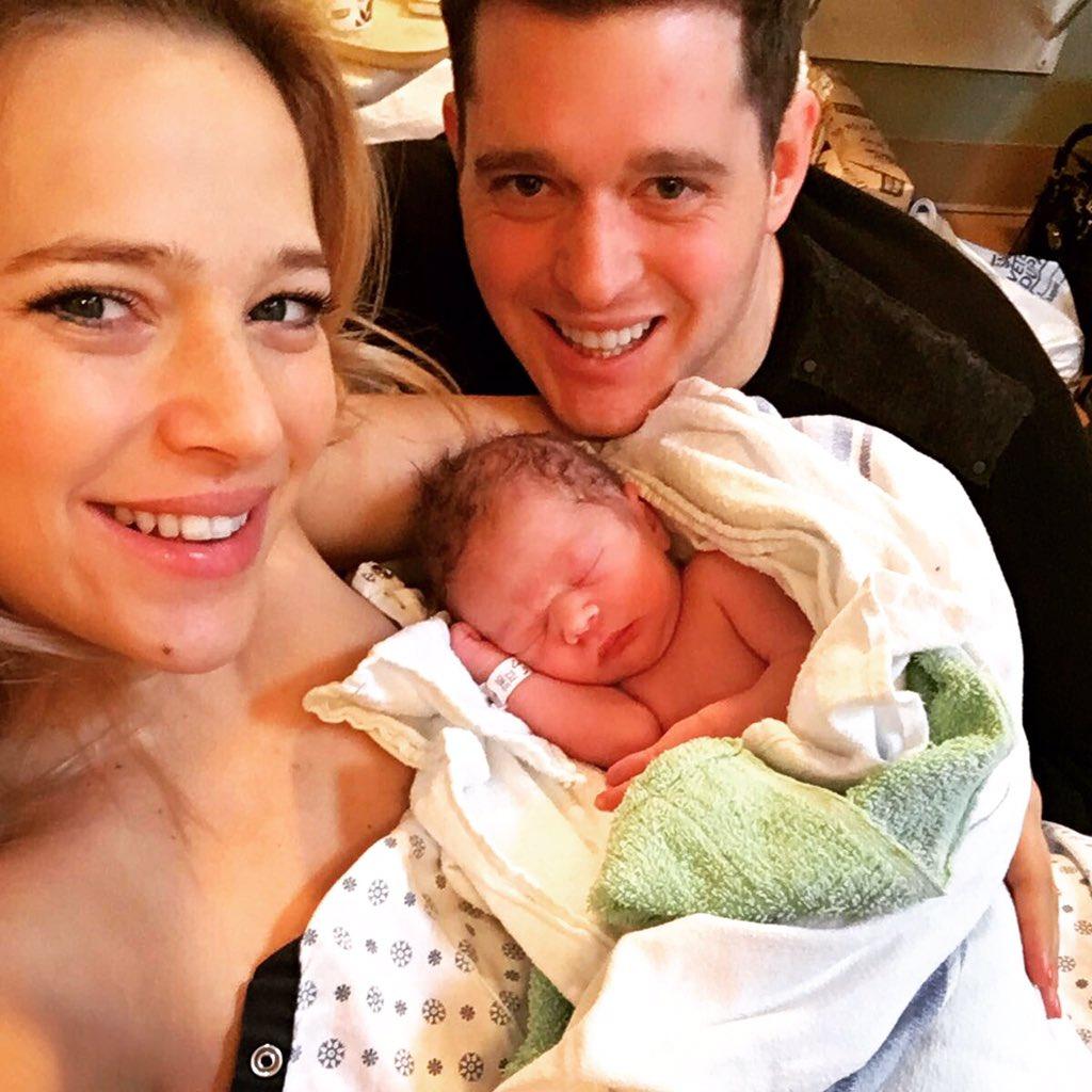 Y ahora somos 4....les presento al hermanito de Noah!! Elías Buble!! #family #blessed #brothers https://t.co/kTaqcEP1x6