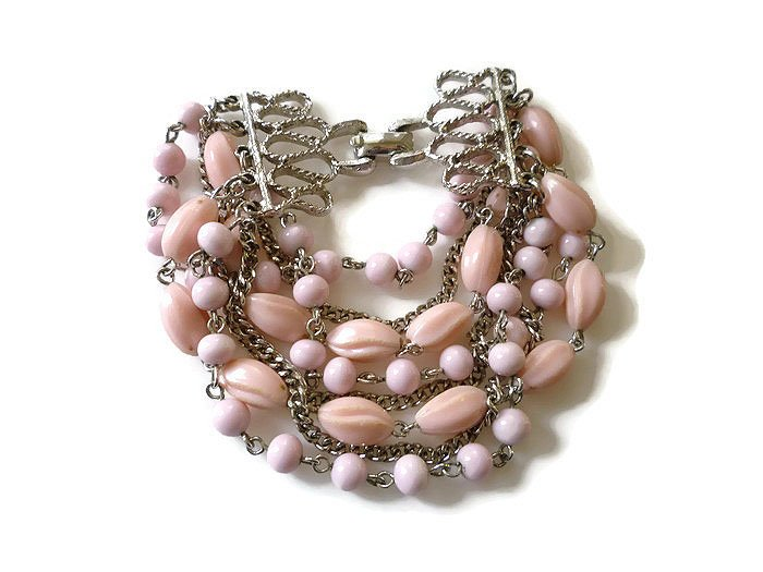 Coro Multi Strand Pink Lucite, Silver Chain Chunky Bracelet https://t.co/mDnnH6gtDy #teamlove #gotvintage #vogueteam https://t.co/Go9Hu9CZiY