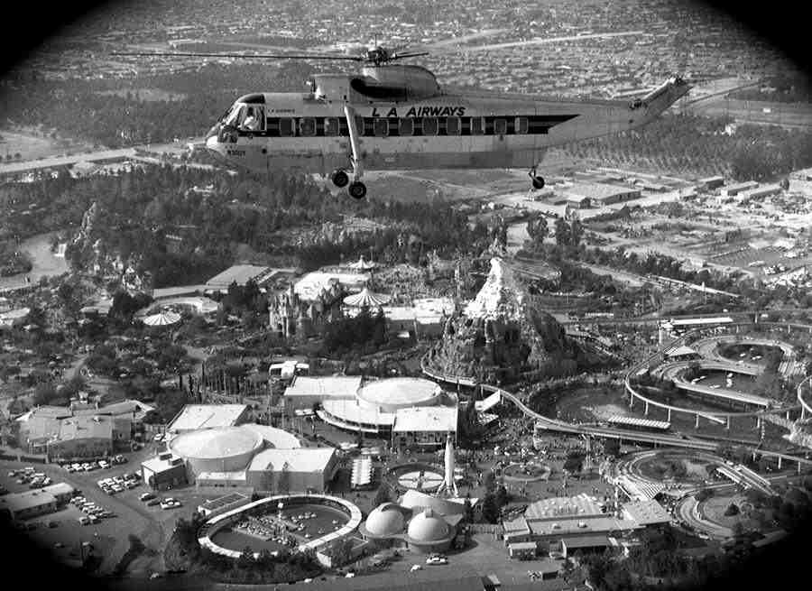 Pretty cool aerial photo of Phase I & II Tomorrowland. 1959 https://t.co/yC2bM06ktk