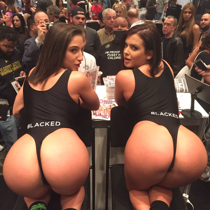 Our 2 goddess @Abella_Danger & @keishagreyxxx rocking our exclusive Blacked bodysuits #curves #avn https://t
