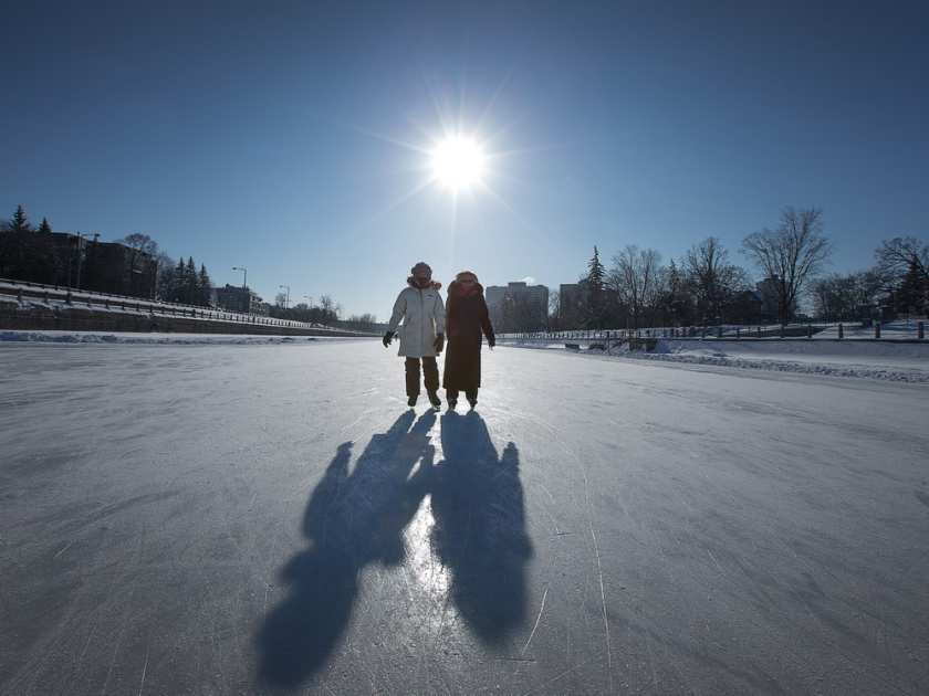Grab your skates! NCC says a 3.8-km section of the #RideauCanal Skateway is open from Somerset to Bank St. #ottnews https://t.co/5xbFZKOGwt