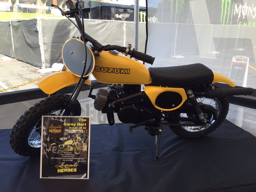 Cool restoration of Carey Hart's original Suzuki JR 50 - @hartluck https://t.co/rF9z3FM2H5