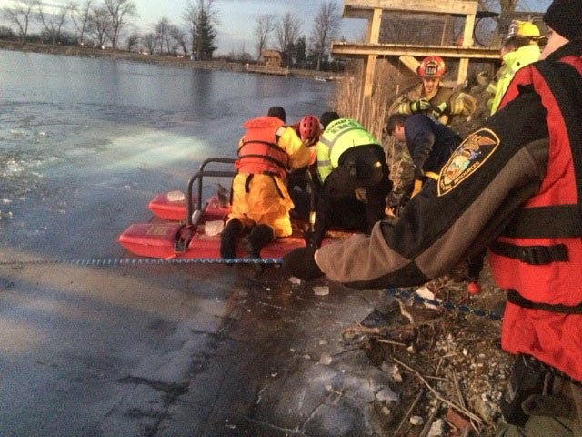 Summitville man dies after fall through ice while ice for Private fishing ponds near me
