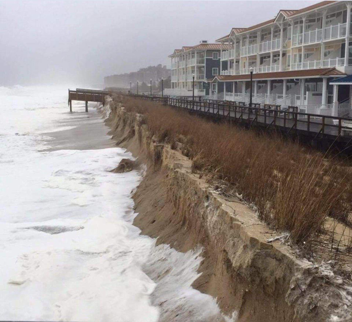 Major coastal beach erosion in Bethany Beach, DE. So sad, been going there every summer since I was a kid... https://t.co/mk6GJY24Mj