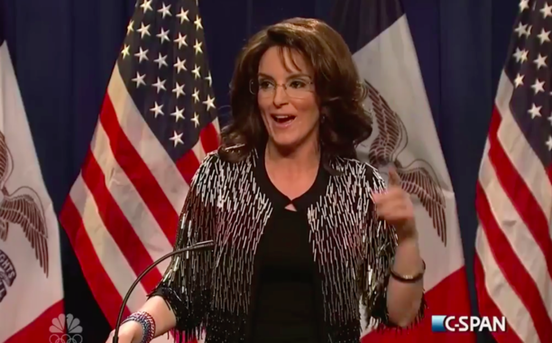 Tina Fey reprises her Sarah Palin impression to endorse Donald Trump on SNL: