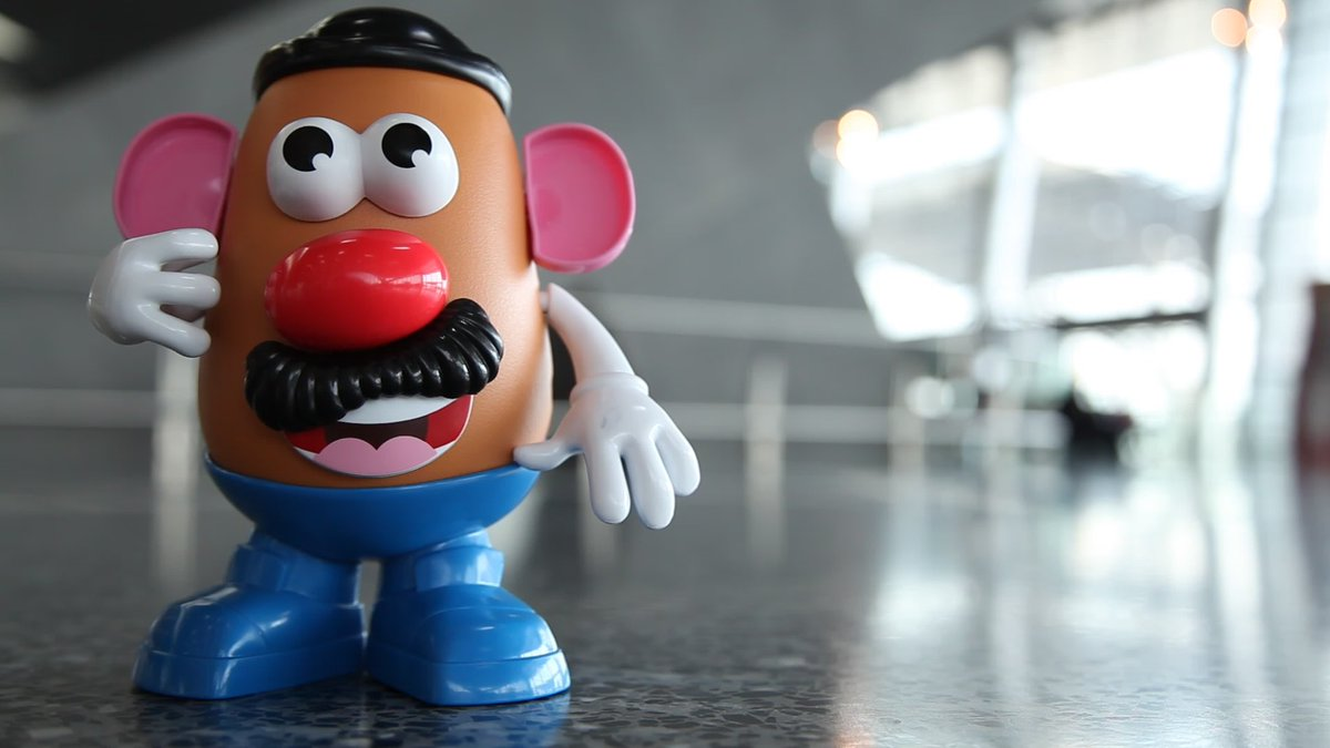 With our new Hasbro In-Flight Kid's Packs, Mr. Potato Head is ready to go on holiday!
