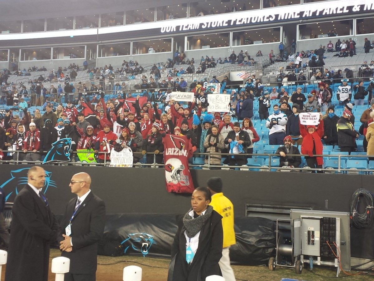 Red Sea waves crashing down on the shores of Bank of America stadium! https://t.co/PnLVxBs3OB