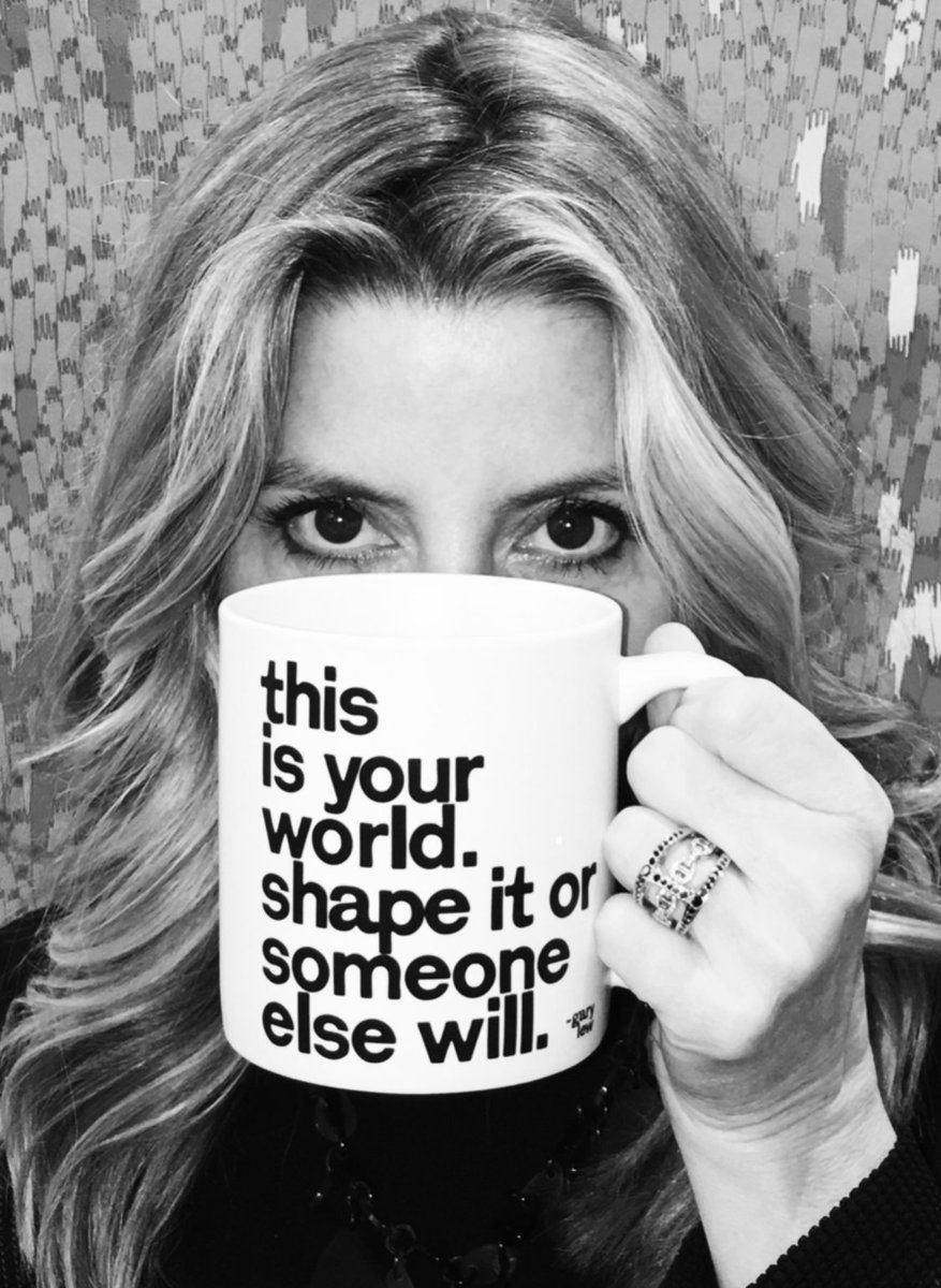 Coffee fuels the brain. Inspiration fuels the soul. #MondayMotivation from #SaraBlakely's coffee cup. ☕ https://t.co/u2jCmSuoFL