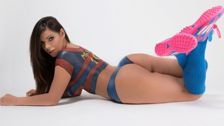 RT @dreamteamfc: Miss BumBum will turn even the biggest CR7 fan into a Messi lover https://t.co/lnIIEHbY2r https://t.co/UT4n7Fnx2z