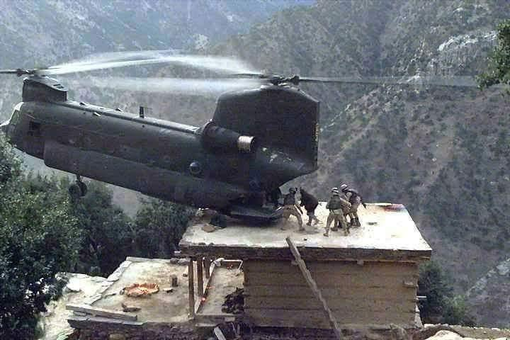 Rescue in Afghanistan. Pilot's regular job is EMT helicopter pilot. How many pilots are anywhere near this skilled? https://t.co/FEVNaZ9EeK